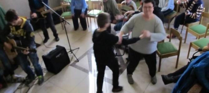 Występ gimnazjalistów z Chojny