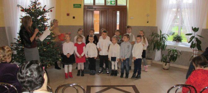 Występ dzieci zeStołeczna